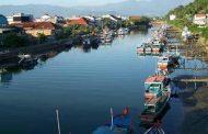 DPRD Padang Keluhkan Banyaknya Bangkai Kapal Bersandar Merusak Keindahan Batang Arau
