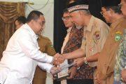 Berkontribusi Besar, Walikota Padang Terima Penghargaan Dari PWI Pusat