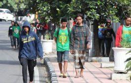 Pemkot Surabaya Fasilitasi Kepulangan dan Perawatan Bonek di Subang