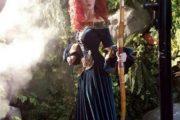 Inul Daratista Dengan Gaunnya Yang Menawan Ala Karakter Disney