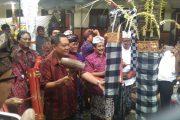 HUT ke 17 SMK PGRI 3 Denpasar Gelar Gebyar Budaya