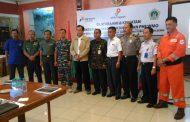 Danlanal Batuporon Menghadiri Sosialisasi Daerah Terbatas Dan Terlarang Di ObyekVital Pengeboran / Rig Bagi Nelayan