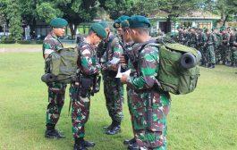 Cek Kesiapan Prajurit Kostrad Dalam Apel Kesiapsiagaan