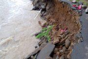 Berita Longsor  ; Jalur Malang – Kasembon ditutup Total