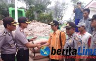 Polres Situbondo Bantu Pembangunan  Masjid Roboh Akibat Bencana Alam