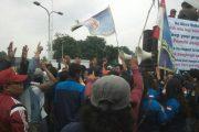PT Bridgestone di Demo Warga