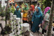 Genteng Wakili Surabaya di Lomba Lingkungan Bersih dan Hidup Sehat