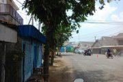 Perbaikan Jalan Raya Manyar Lamban, Perekonomian Warga Terganggu