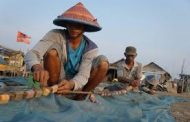 Limbah Cemari Laut, Pendapatan Nelayan Berkurang