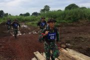 """""""Cross Country"""" Uji Siap Jasmani Militer Prajurit Denpal Divif 2"""