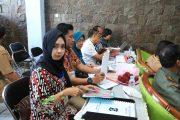 Warga Surabaya Antusias Manfaatkan E-Lampid