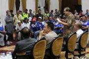 Pakde Karwo  Carikan Solusi Win Win Solution Masalah Transportasi Online