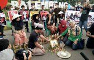 Aksi Solidaritas Terhadap Petani Rembang