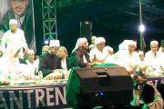 Ratusan Ribu Jamaah Kediri Padati Lirboyo Bersholawat