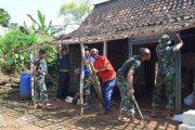 Rumah Reot Pak Djoyo Dirobohkan Satgas TMMD Tuban