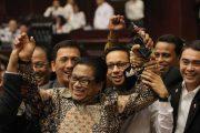 Sempat Ricuh, Oesman Sapta Terpilih Aklamasi Sebagai Ketua DPD RI