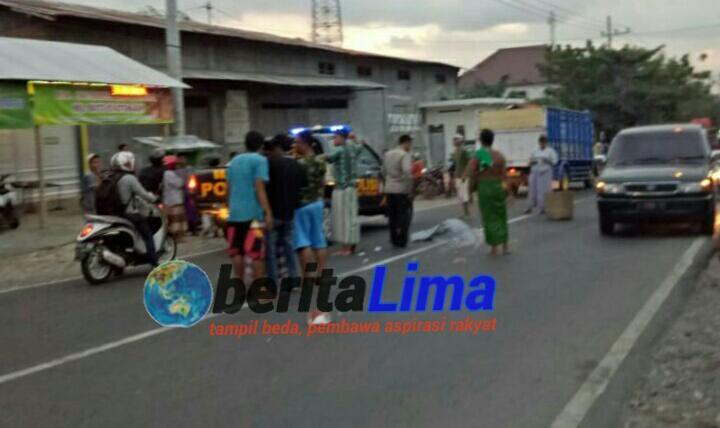 Senggol Bus, Pemotor di Sampang Tewas Mengenaskan