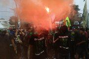 Ribuan Bonek Tolak Jadwal Pertandingan Liga 2 Senin Sampai Kamis