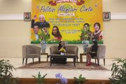 "Kemeriahan Launching novel ""Politisi Mencari Cinta"""