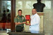 Panglima TNI : TNI Siap Bantu Tingkatkan Ekonomi Masyarakat Desa