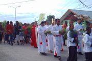 Umat katolik Teminabuan Rayakan Hari Minggu Palma