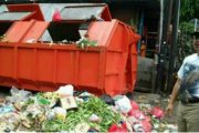 Dapati Sampah Berserakan, Wakil Walikota Jakut Berang