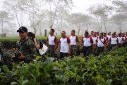 Pangkostrad Pimpin Jalan Santai Peserta Apel Komandan Satuan