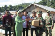 Persit Kunjungi Satgas TMMD 98 di Pulau Botang Lomang