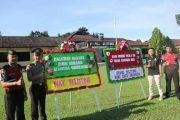 Warga Kirim Karangan Bunga Ke Polres Belitung