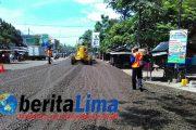 Perbaikan Jalur Pantura Situbondo Dikebut Menjelang Mudik Lebaran