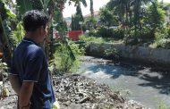 Tersegol Bego, Pipa Gas PGN Mengeluarkan Bau Menyengat