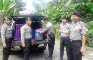14 Jerigen Arak Bali Disembunyikan Dalam Kamar