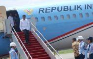 Presiden Jokowi Bagi-Bagi Sepeda Di Hongkong