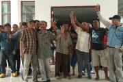 Kecewa Tak Diladenin, Warga Ancam Palang Kantor DPRD Halsel