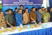 Puluhan Kilo Narkoba Dimusnahkan BNNP Jatim Dari 12 Tersangka