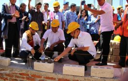 Gubernur Letakan Batu Pertama Rusun Unwira Kupang