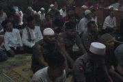 Prajurit Denma Brigif Mekanis 6 Kostrad Sholat Tarawih Keliling