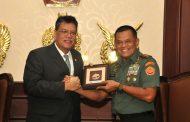 Berita Foto : Panglima TNI terima kunjungan Dubes Malaysia