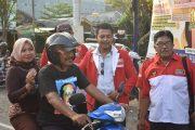 Bupati dan Walikota  LSM LIRA Bagi-bagi Takjil