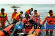 Nelayan Di Situbondo Temukan Mayat Wanita Tanpa Identitas Mengambang Dilaut.