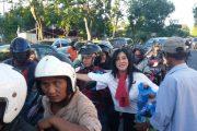 Perindo Surabaya Secara Rutin Bagikan Takjil