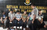 Bongkar Barang Konsumen, Enam Karyawan JNE Ditangkap