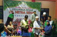 RS Mitra Sehat Situbondo,  Bagikan Sembako dan Zakat Jelang Lebaran