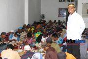Ramadhan Berkah, Wabup Achmad Fauzi Santuni Abang Becak