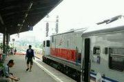 Stasiun Pasar Senen Sediakan 4 Kereta Tambahan