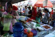 Ngabuburit di Pasar Segar Kota Daeng Makassar