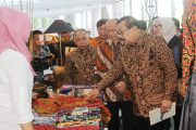 Gubernur Jatim: Benahi Industrinya Dulu, Baru Bisa Kuasai Pasar