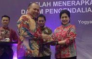 Bupati Soekirman Raih Penghargaan Pastika Parama dan Manggala Karya Kencana