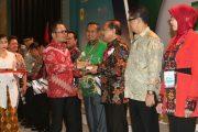 Gubernur Jatim Raih Pembina K3 Terbaik Nasional