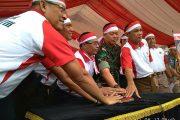 Polda Kalteng Ikrar Kebangsaan dan Satu Juta Merah Putih Kibarkan.